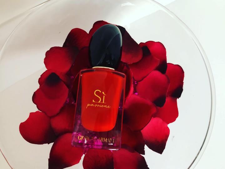 Si Passione de Giorgio Armani, un parfum qui vous transporte au cœur de lapassion