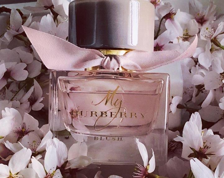 Sur une note de printemps avec le parfum My BurberryBlush